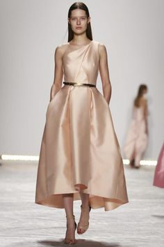 #MoniqueLhuillier Ready To Wear Spring Summer 2015 #NYFW