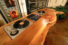 Garrett Brown Mobilier Dj Table                                                                                                                                                      More