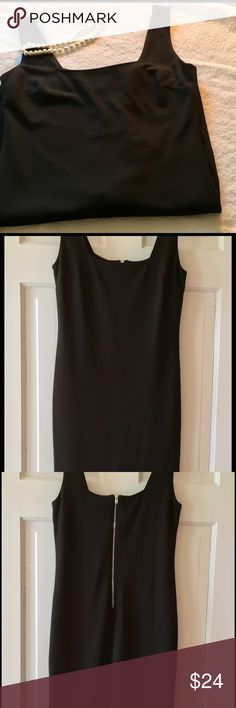 """Forever 21 LBD, Size Medium Classic little black dress.  zipper in back.  64% Rayon, 33% polyester and 3% Spandex.  Measures 15.5 chest and its 31"""" long.  100% poly lining.  Hand wash.  EUC Forever 21 Dresses"""