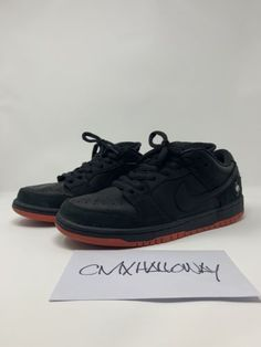 87765f5fa5b4 Details about Nike SB Dunk Low Black Pigeon Size 9.5