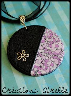 Polymer Clay Necklace, Polymer Clay Pendant, Fimo Clay, Polymer Clay Projects, Polymer Clay Creations, Polymer Clay Crafts, Air Dry Modeling Clay, Jewelry Crafts, Diy Kid Jewelry
