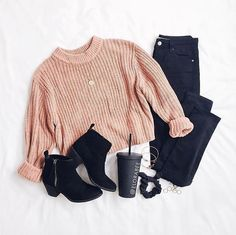 Cute winter outfit, swap booties with sneakers for more a casual look Casual School Outfits, Cute Comfy Outfits, Pretty Outfits, Stylish Outfits, Beautiful Outfits, Girls Fashion Clothes, Teen Fashion Outfits, Cute Fashion, Girl Outfits