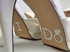 Solas dos sapatos dos noivos decoradas | Casar é um barato