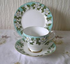 Vintage Gladstone Montrose  Tea Trio Set Tea Cup Saucer Side Plate WORLD WIDE SHIPPING