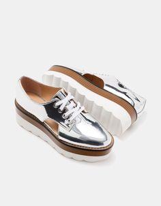 Bershka España - Zapato plataforma metalizado huecos