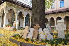 Bucharest, Stavropoleos Church http://www.touringromania.com/regions/bucharest.html
