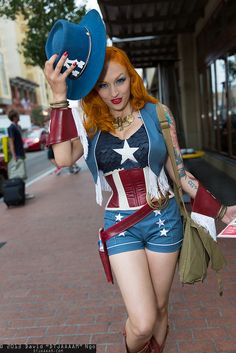 Another wonderful adaptation. This Western Gal Captain America Cosplay Will Make You Feel Very Patriotic Cosplay Outfits, Cosplay Girls, Cosplay Costumes, Cosplay Ideas, Costume Ideas, Gender Bend Cosplay, Captain America Cosplay, Villain Costumes, Peggy Carter