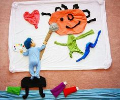Creative Mom Turns Her Baby's Naptime Into Dream Adventures 'Picasso Junior' - Bored Panda Creative Photography, Children Photography, Amazing Photography, Photography Ideas, Baby Pictures, Baby Photos, Time Pictures, Diy Bebe, Adventure Photos