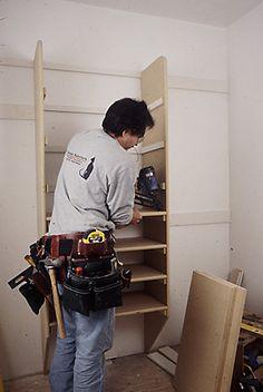How to install closet shelving