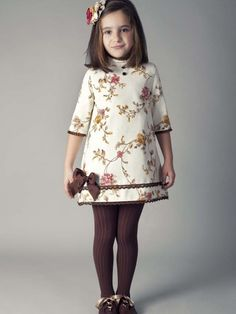 The dress is only so so IMO but the brown tights make it pop! Frocks For Girls, Dresses Kids Girl, Little Girl Outfits, Little Girl Dresses, Cute Dresses, Kids Outfits, 50s Dresses, Elegant Dresses, Toddler Dress