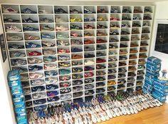 GS' 'Spezial' collection - a collection to be proud of. Adidas Zx, Adidas Samba, Adidas Superstar Vintage, Adidas Busenitz, Adidas Retro, Football Casuals, Cool Kids, Adidas Originals, Moda Masculina