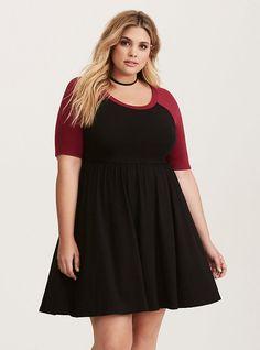 Plus Size Beet Red & Black Jersey Raglan Skater Dress, DEEP BLACK