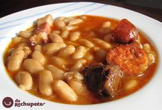 Traditional asturiana (spanish recipe) step by step. Best Spanish Food, Cassoulet, Vegetarian Side Dishes, Spanish Dishes, Cooking Recipes, Healthy Recipes, International Recipes, Soups And Stews, My Favorite Food