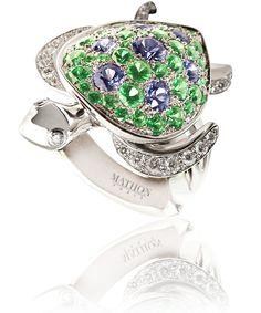 Mathon Paris 'Tortue' ring in White gold with Diamonds Tsavorite garnets and Sapphires