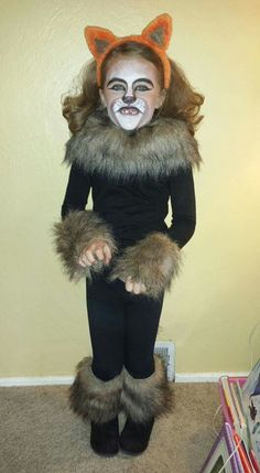 Lion costume! So easy, just pin the trim!                                                                                                                                                                                 More