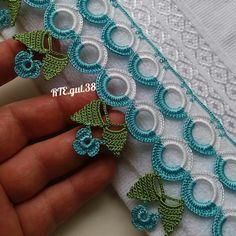 Crochet Motifs, Crochet Borders, Crochet Stitches, Baby Knitting Patterns, Stitch Patterns, Crochet Sunflower, Crochet Flowers, Cute Crochet, Crochet Lace