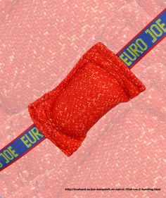 Joe Kampdutt av nylcot 15x6 cm, 2 handtag. Kampdutt i mycket bra kvalitet i nylcot, med 2 handtag 15 x 6 cm.
