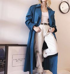 Eco-fashion is a smart idea! Les dames vintage is a modern thrift store that provides vintage-style clothing and accessories for women of all sizes. Vintage Style Outfits, Vintage Fashion, Trench, Thrifting, Duster Coat, Fashion Outfits, Business, Jackets, Stuff To Buy