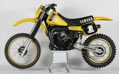 yamaha-82-yz250