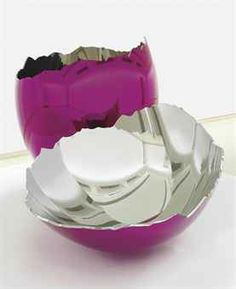 JEFF KOONS (B. 1955) Cracked Egg (Magenta) mirror-polished stainless steel with transparent colour coating