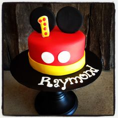 Mickey cake 1st Birthday Cakes, Mickey Mouse Birthday, 2nd Birthday Parties, Mickey Mouse Clubhouse Party, Mickey Party, Mickey Baby Showers, Mickey Cakes, Cakes And More, Cake Smash