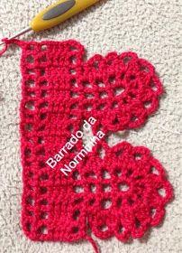 OFICINA DO BARRADO: Croche - Natal... ideias avermelhadas... Crochet Cowel, Filet Crochet, Crochet Lace, Crochet Borders, Crochet Stitches, Crochet Patterns, Diy And Crafts, Arts And Crafts, Crochet Earrings