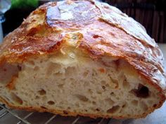 """Anya, ez isteni!..."", avagy Gabojsza konyhája: Dagasztás nélküli kenyér Easy Cooking, Cooking Recipes, Healthy Recipes, Healthy Homemade Bread, Croissant Bread, Hungarian Recipes, Diy Food, Bread Recipes, Banana Bread"