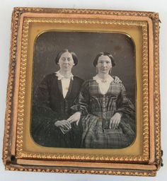 DAGUERREOTYPE TWO WOMAN AFFECTIONATE POSE, BOTH HOLD DAG CASE. TINTED, UNIQUE. | eBay
