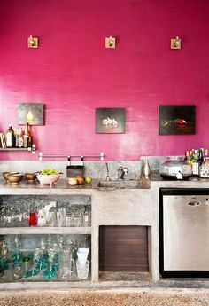 We make no apologies for loving the pretty hue, and are celebrating it here by showing homes that dared to commit to pink in their kitchens, because why not? Pink power!
