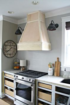 A DIY vent hood in the Kitchen!
