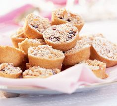 Mini mincemeat crumble pies - look delicious but couldn't be made very far in advance!