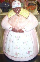 Sweet Black Americana Mammy Aunt Jemima cookie jar $99.00 www.jazzejunque.com