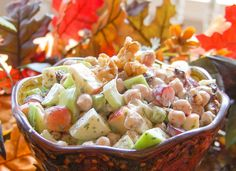 <p>A Waldorf salad is a salad traditionally made of fresh apples, celery, and walnuts, tossed with mayonnaise, and usually served on a bed of lettuce as an appetizer or a light meal.The addition of chickpeas, tart cranberries, and a seasoned mayonnaise make it even more delectable.</p>
