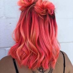 Image about girl in 🌸Colorful Hair 🍭👑🌈 by 🦋 on We Heart It pink hair inspo Cute Hair Colors, Pretty Hair Color, Hair Color Purple, Hair Dye Colors, Ombre Colour, Bright Hair Colors, Coloured Hair, Colored Hair Styles, Colored Girls