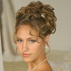 Love Wedding hairstyles for medium length hair? wanna give your hair a new look ? Wedding hairstyles for medium length hair is a good choice for you. Here you will find some super sexy Wedding hairstyles for medium length hair, Find the best one for you, Updos For Medium Length Hair, Wedding Hairstyles For Medium Hair, Curly Wedding Hair, Wedding Hair And Makeup, Medium Hair Styles, Bridal Hair, Curly Hair Styles, Wedding Updo, Elegant Wedding