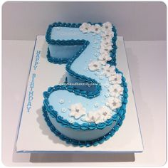 Extra big number 3 blu birthday cake