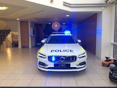 Volvo Police V90