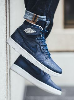 a8496d19a27 Nike Air Jordan 1 Retro High Nouveau  Mid Navy Light Bone Mens Shoes Jordans