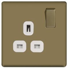 #Colours 13A Pearl Nickel Switched Single Socket #Colours 13A Pearl Nickel Switched Single Socket.Screwless flatplate profile socket with pearl nickel finish. (Barcode EAN=5397007087666)
