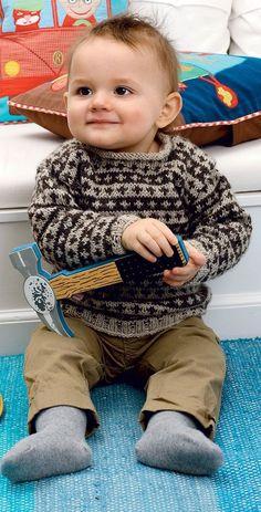 Strik for en god sag: Uldtrøje til baby fra Hendes Verden Baby Knitting Patterns, Baby Boy Knitting, Knitting For Kids, Baby Kostüm, Baby Kind, Baby Barn, Baby Suit, Baby Cardigan, Baby Sweaters