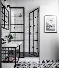 Cool 40 Pretty Dream Bathroom Design Ideas For Your Home.