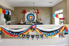 Nice decoration for target archers  Photo: http://www.karaspartyideas.com
