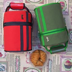 Minicruasanes para almorzar. ¿Qué lunchbag de Snailbag nos ponemos hoy? ¡Almorzar de tupper está de moda! #Snailbag #lunchbag #tuppertime #yummy #foodie #healthy #moda #chic #MadeInSpain #ShopOnline http://www.snailbag.es/shop/anytime-collection/bolsa-porta-alimentos-isotermica-para-tuppers/porta-alimentos-sporty-orange/