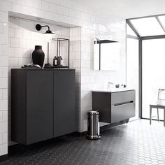 Stilfullt hvitt og grått #baderom med møbler fra @vedumkokochbad. #baderomsinspirasjon #badno Laundry Room Bathroom, Bathroom Goals, Bathroom Inspo, Bathroom Inspiration, Bathrooms, Bathroom Black, Bad Inspiration, Restaurant, House Colors