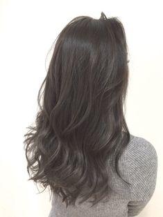 Medium Straight Haircut, Medium Hair Cuts, Medium Hair Styles, Short Hair Styles, Hair Color And Cut, Ombre Hair Color, Ash Brown Hair, Dark Hair, Permed Hairstyles