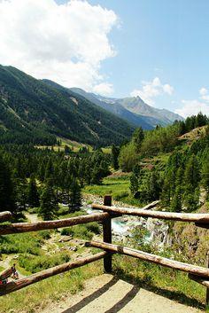 Cascate di Lillaz, Aosta, Italy