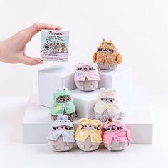 Pusheen Gifts, Pusheen Shop, Pusheen Cat, Heated Slippers, Love Doodles, Kawaii Plush, Cheer You Up, Cat Colors, Fluffy Animals