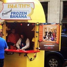 Hey, Arrested Development TV fans! Look what popped up in the middle of NYC today: the Bluths famous frozen banana stand!