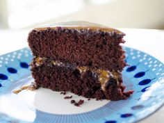 Lizzie's Old Fashioned Cocoa Cake with Caramel Icing