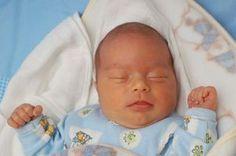 How to Sew a Baby Sleep Sack thumbnail